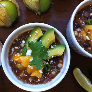 Black Bean, Corn, & Tomatillo Soup