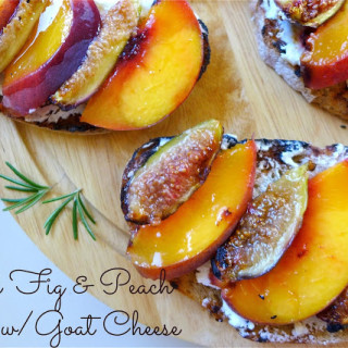 Grilled Fig & Peach Toasts w/Goat Cheese & Rosemary-Honey Drizzle