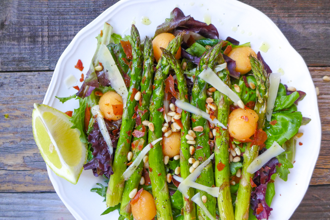 Asparagus, Melon, and Prosciutto Salad