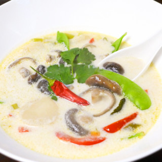 Tom Kha {Thai Coconut Soup}