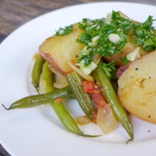Greek-Style Potatoes & Green Beans (Fasolakia)