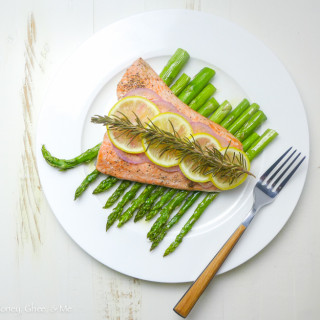 Simple Lemon~Rosemary Salmon