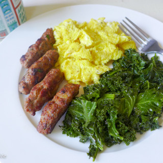 Homemade Breakfast Sausage {Turkey, Herb, & Apple}