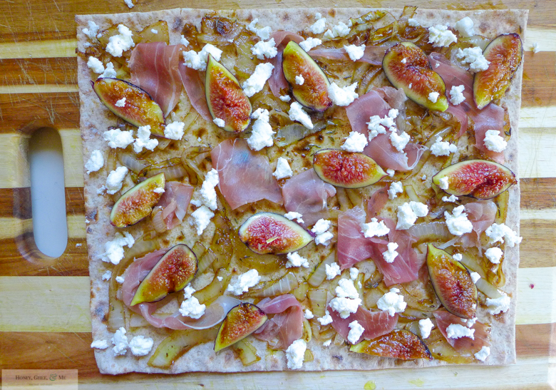 fig prosciutto goat cheese pizza flatbread-34
