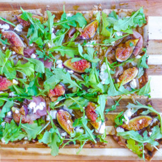 Grilled Fig, Prosciutto, Goat Cheese, & Arugula Flatbread {BYOC}