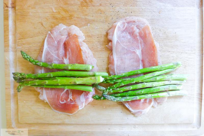 asparagus prosciutto mozz stuffed chicken-6