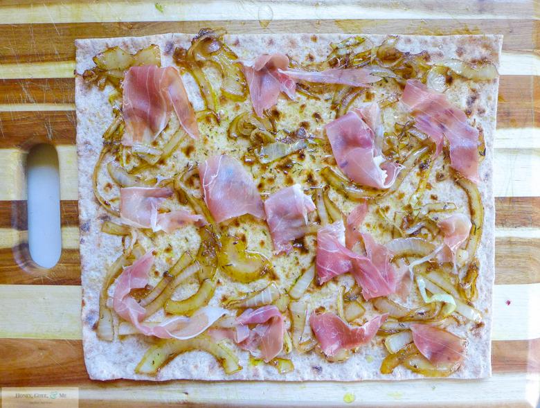 fig prosciutto goat cheese pizza flatbread-31