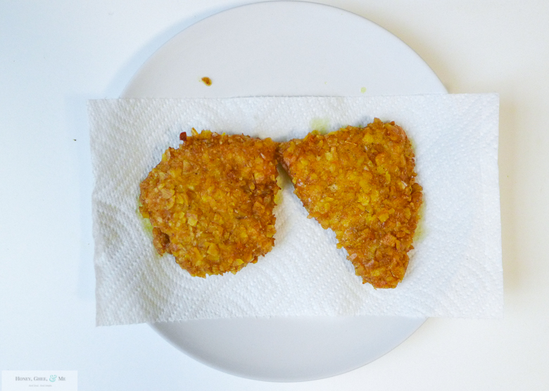 plantain-crusted-fried-chicken-sandwich-and-nuggets-31